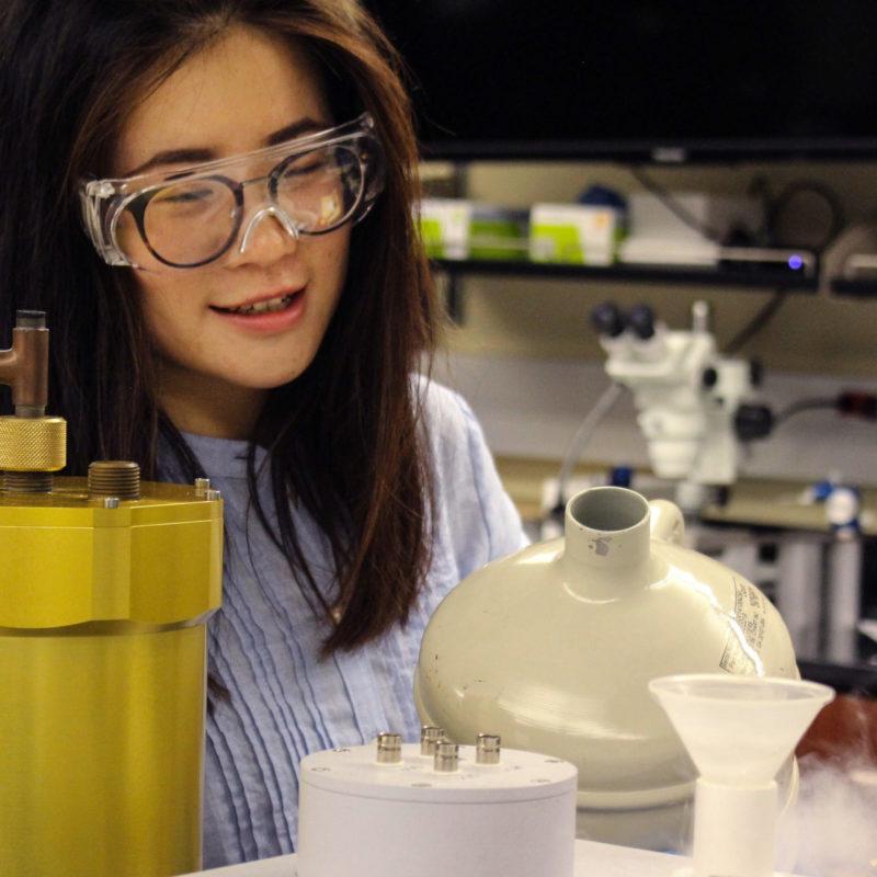 PhD Student in photonics lab